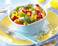 Paprika-Mais-Feta-Salat